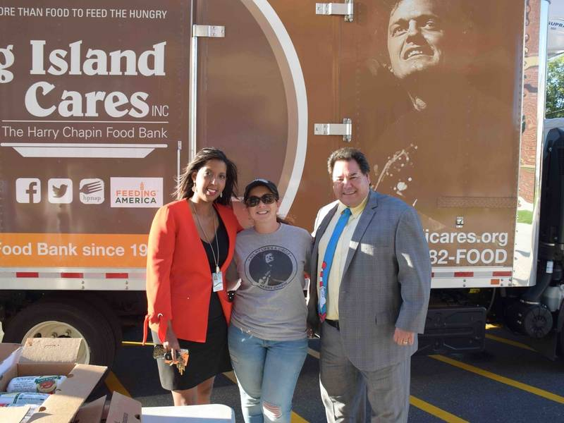 New Mobile Food Pantry Unveiled At Riverhead Elementary School