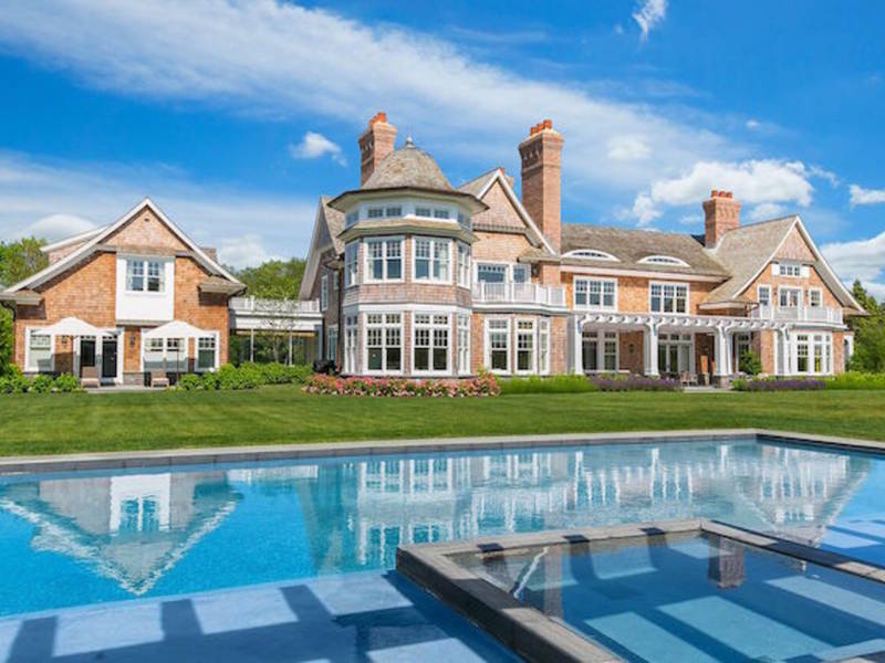 sbarro long island home sells for 24m southampton ny patch. Black Bedroom Furniture Sets. Home Design Ideas