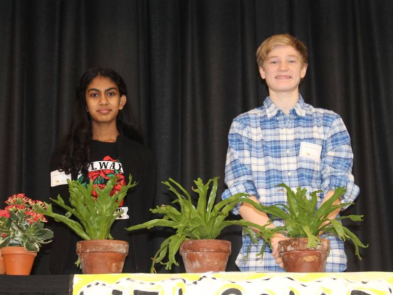 Reigning Champ Hangs On To Spelling Bee Crown