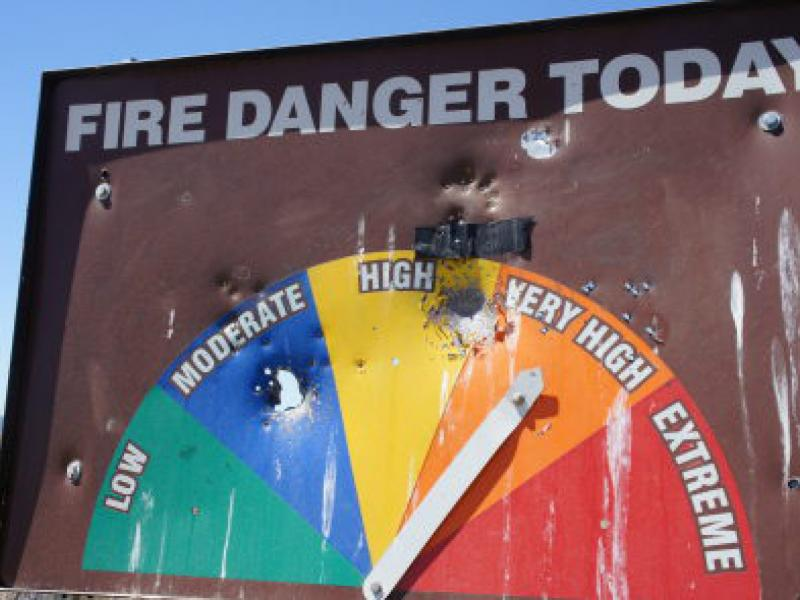 Ca Wildfire Map 5 200 Firefighters Battle 14 Fires Tuesday