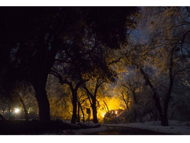 Moonlit Snow On Christmas In Oak Glen Amazing Photos Of