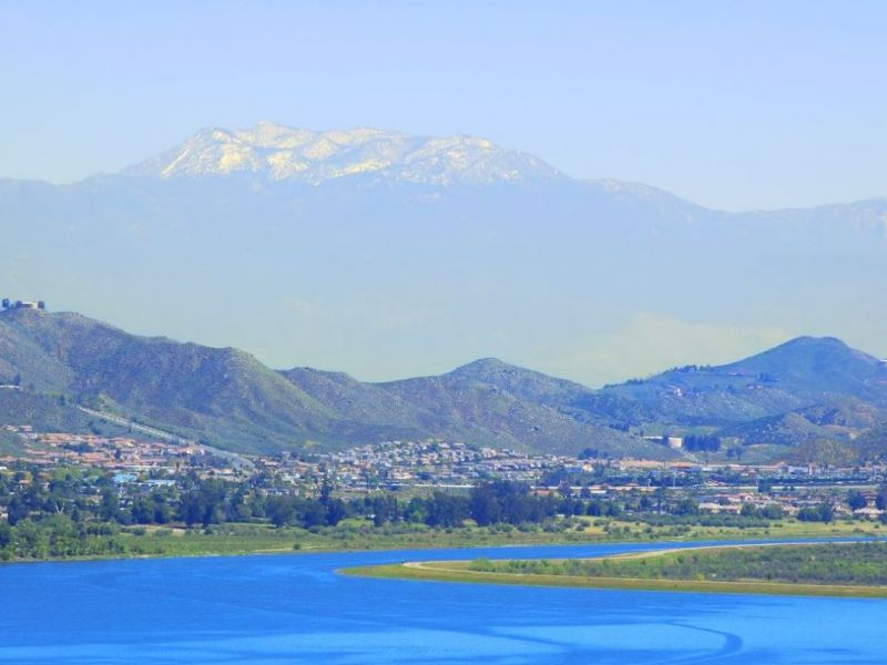 Lake Elsinore is the largest natural freshwater lake in Southern California with 3, surface acres and over 14 miles of shoreline.