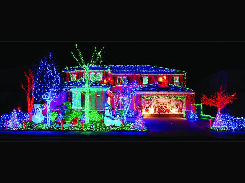Captivating Enter U0027Twas The Lights Before Christmasu0027 Design Ideas
