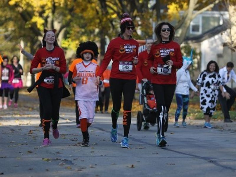 halloween hustle takes over downtown palatine saturday
