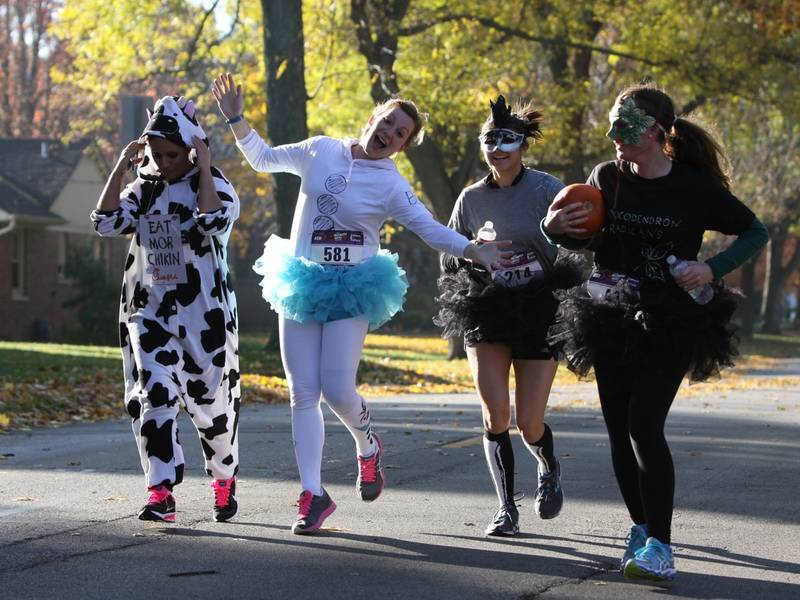 halloween hustle is coming up in downtown palatine