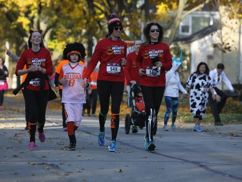 halloween hustle 5k and kids dash is headed to palatine on saturday october 28