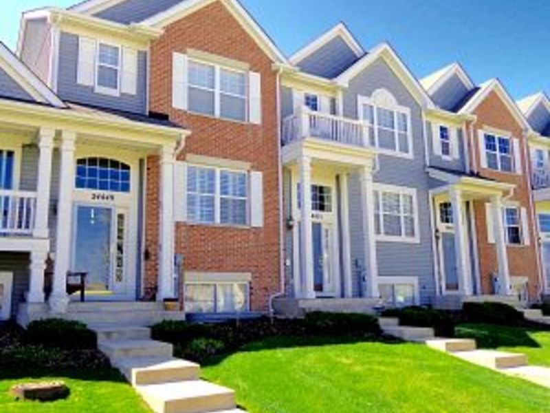 townhomes condos for sale in new lenox illinois august 2017 new lenox il patch. Black Bedroom Furniture Sets. Home Design Ideas