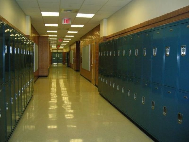 Amity Regional HS Among CT's Top 100 High Schools For 2017: Report