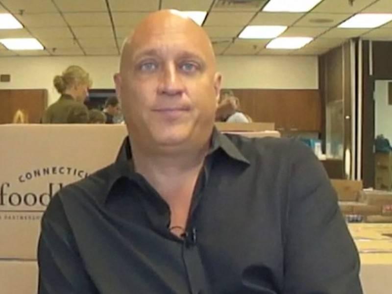 Steve wilkos with hair