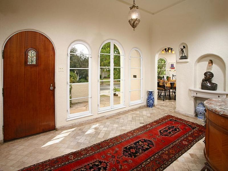 Spanish Hair Styles: 1929 Spanish Style Toluca Lake Home Loaded With Charm