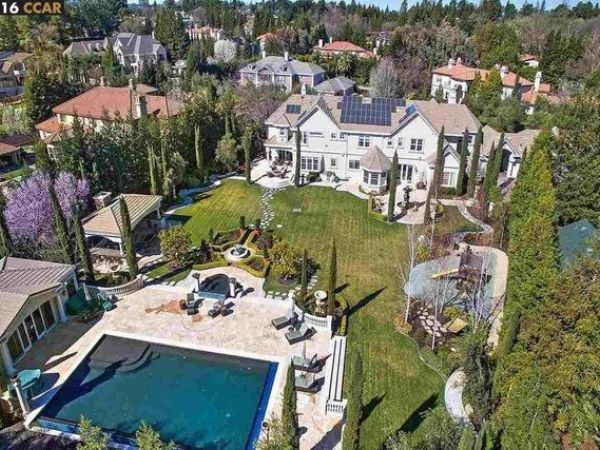 Wow House Basketball Star Stephen Curry Scores Deal On