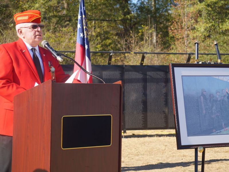 Wall School District : School district welcomes the wall that heals woodstock