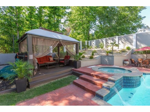 Chill out 5 roswell homes with swimming pools roswell - Vanston swimming pool mesquite tx ...