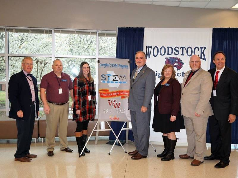 Woodstock Hs Presented With State Stem Certification Banner