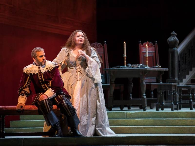 Lyric Opera presents a superb cast in its