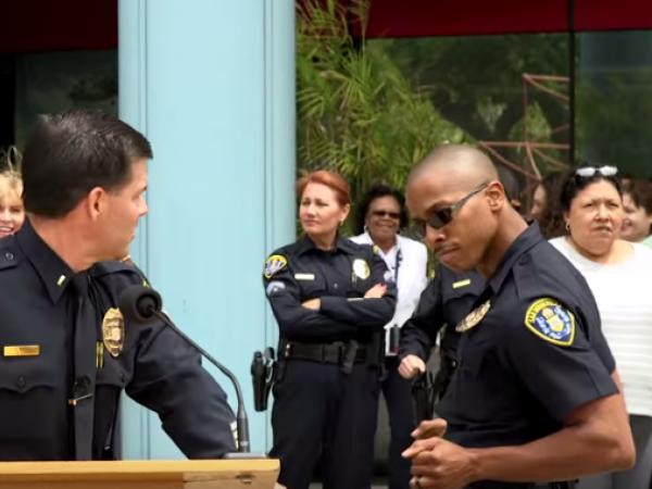 San Diego Police Take The Running Man Challenge La