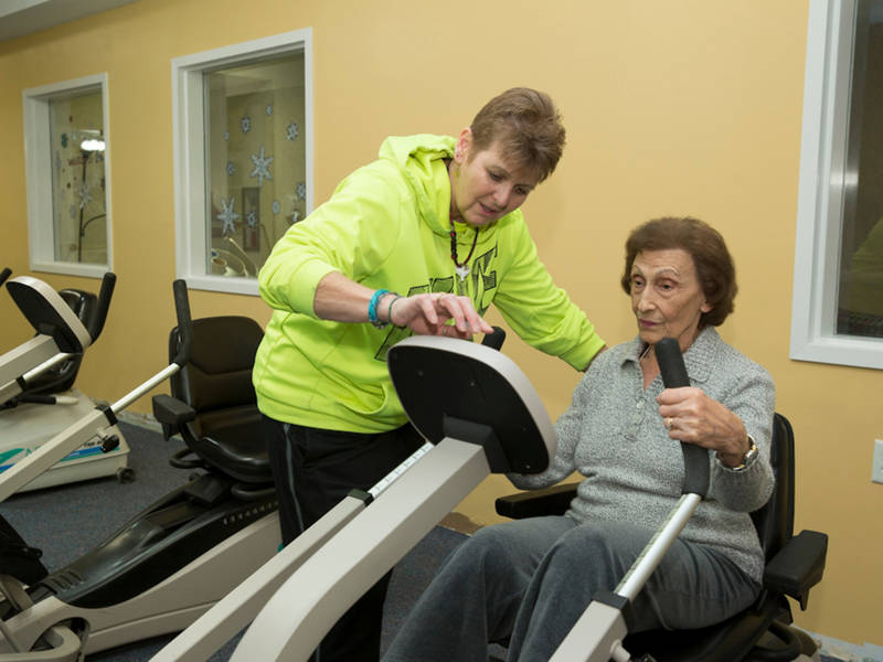Mulberry gardens goodlife fitness center receives generous grant southington ct patch for Mulberry gardens southington ct