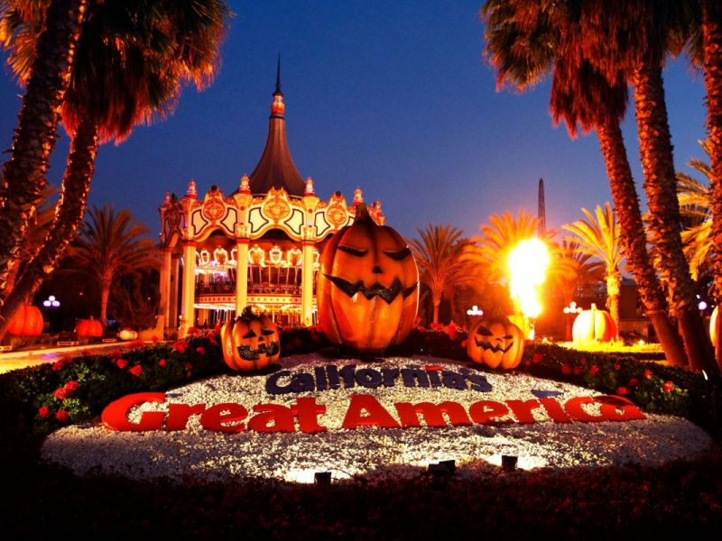 Face Your Fears: Halloween Haunt Opens At Great America | Los ...