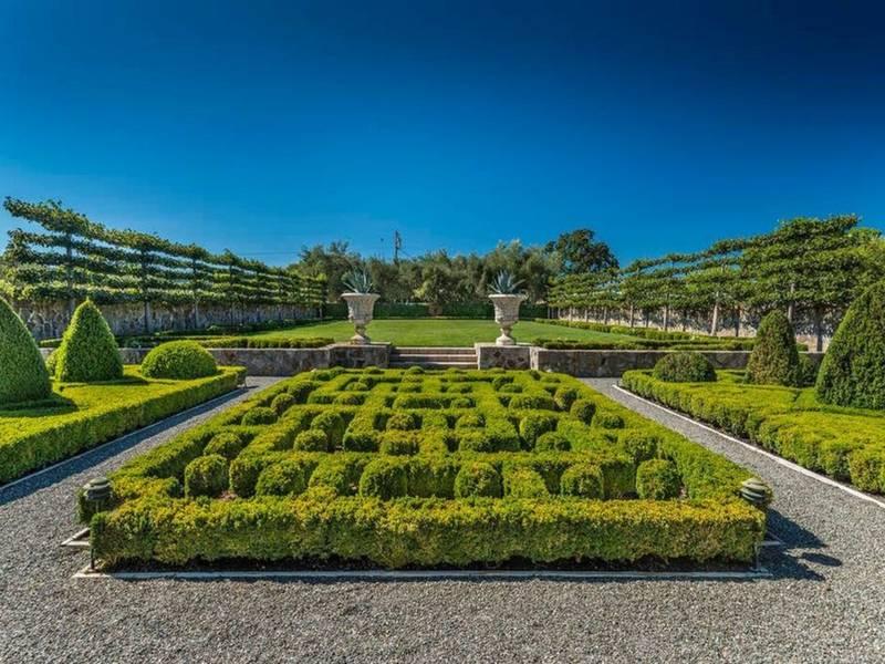 Peek Inside $15M Historic, Wine-Country Estate: St. Helena | Napa ...