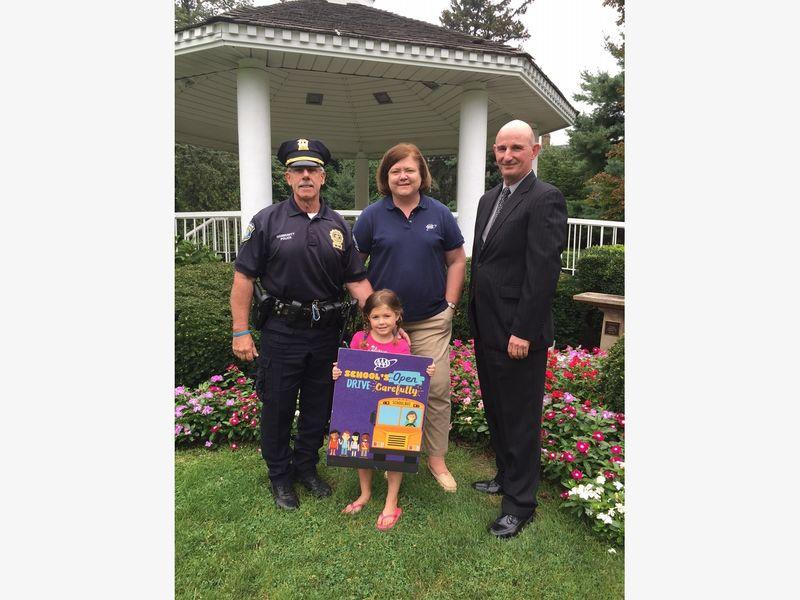 Garden City Police Help Launch Aaa S School S Open