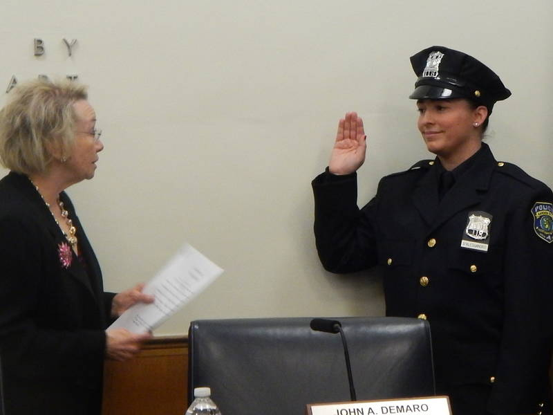 garden city swears in first female police officer 0 - Garden City Police Department