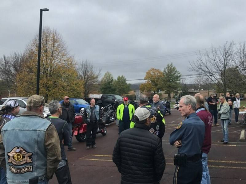 2017 Toys For Tots Bike Drive : Motorcycle ride kicks off toys for tots donation drive