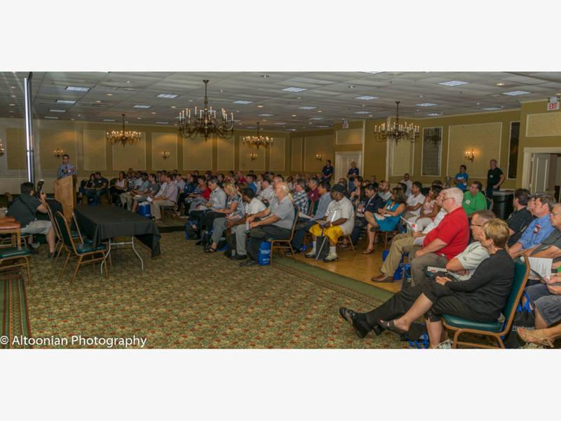 Free real estate trade show features vendors seminars for Pa vendors craft shows