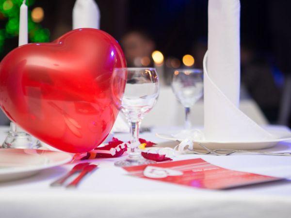15 romantic restaurants for valentine 39 s day near toms for Romantic hotels for valentine s day