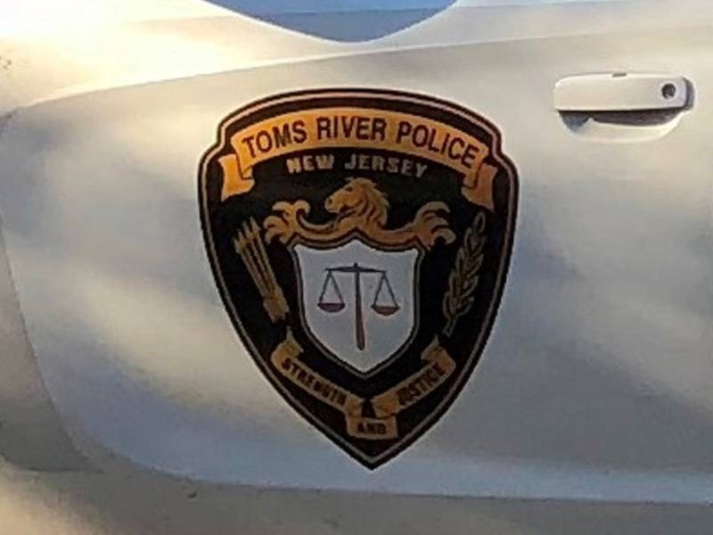 Fire Damages 2 Vehicles At Toms River Kohls Police Toms River