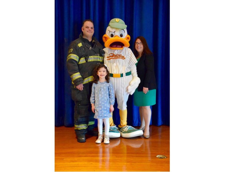 elwood girl pens winning essay about firefighter father   elwood girl pens winning essay about firefighter father 0
