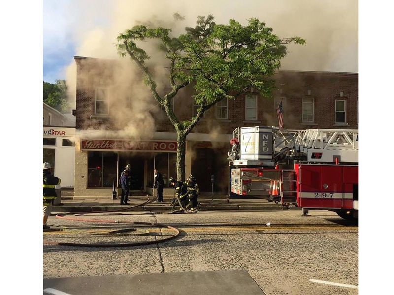 Gunther S Tap Room Northport Fire