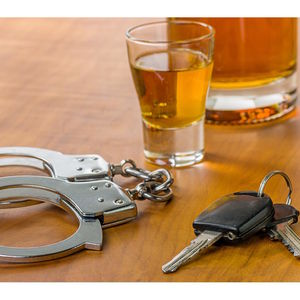 Nassau Police Charge 6 With DWI