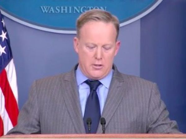 Sean Spicer Donald Trump's Press Secretary Yells at Media for Coverage of Inauguration Crowd Size