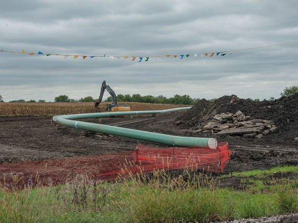 Judge denies tribes' request to halt Dakota Access pipeline work