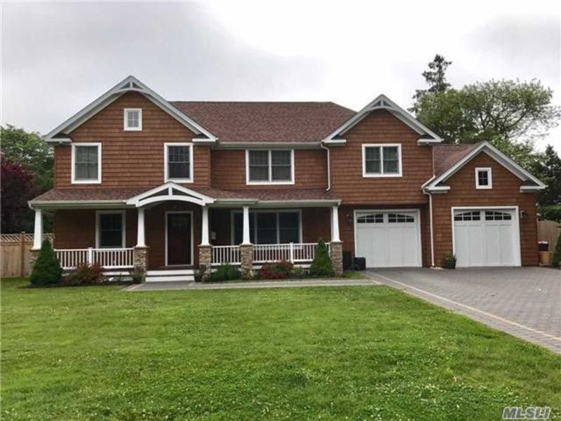 West Islip Homes For Sale