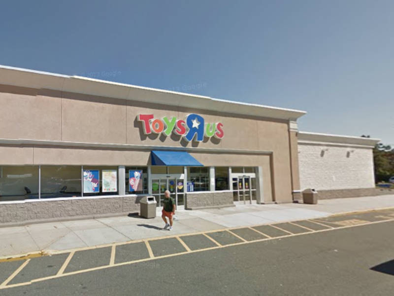 Big Lots Opening At Former Bay Shore Toys R Us Location