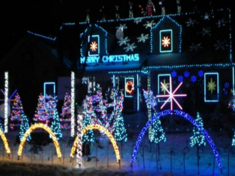 christmas on cleveland up and running in wilmette