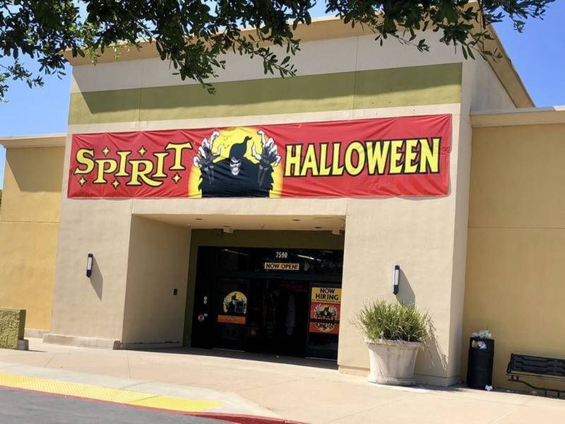 spirit halloween stores open in maryland list