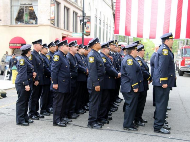 Newark police officers honored for bravery photos - Bus from port authority to jersey gardens ...