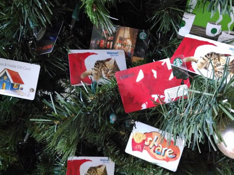 Selling Your 2016 Holiday Gift Cards: Which Should You Keep, Cash In ...