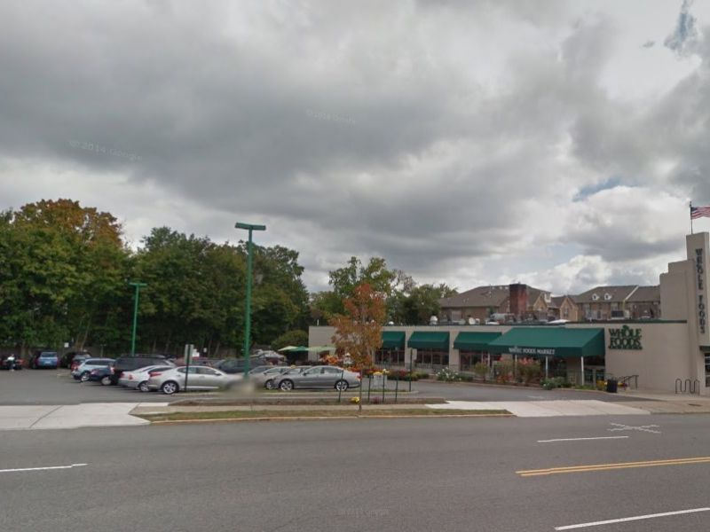 Whole Foods Newark Parking