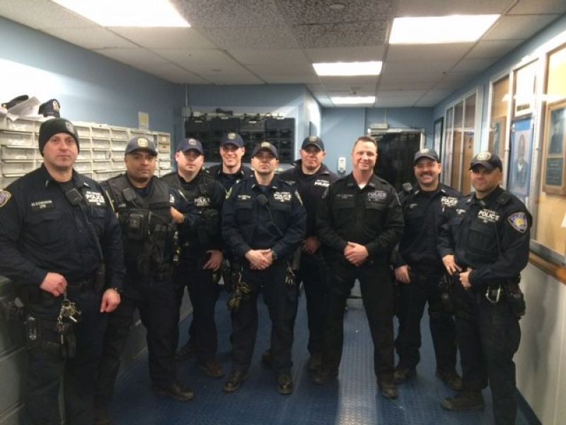 Cops make daring high altitude rescue near george - Bus from port authority to jersey gardens ...