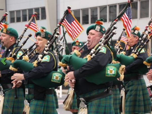 Trump touts success of Irish immigrants at St. Patrick's Day luncheon
