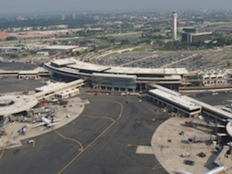 Passenger Opens Emergency Door On United Flight At Newark Airport
