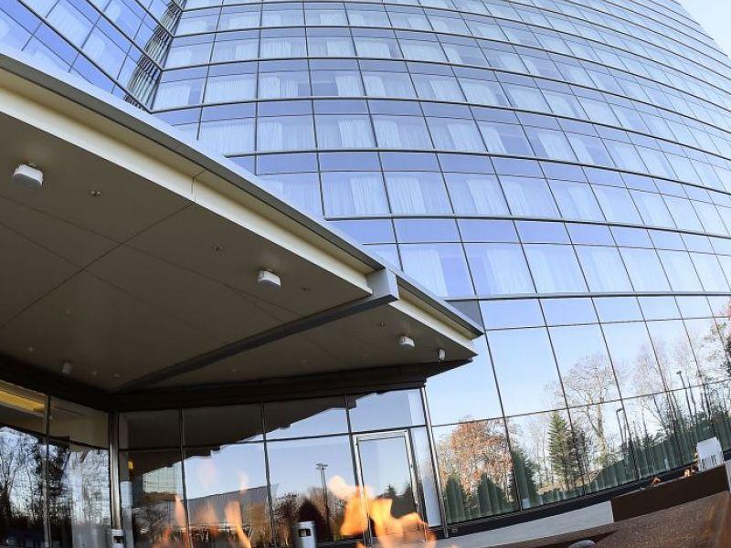 Mohegan Sun Officially Unveils Second Hotel