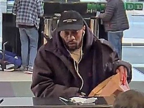 Armed Robbery At Abington Td Bank Cops Abington Pa Patch