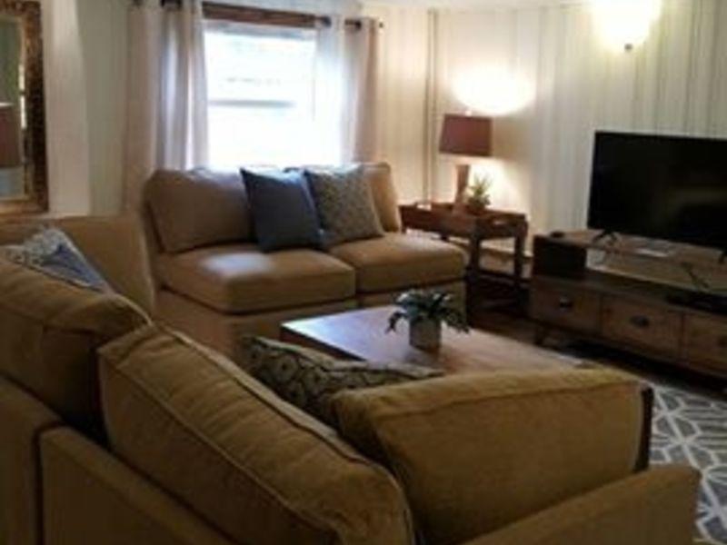 KOPu0027s Bassett Furniture Donates $10,000 In Furniture To Good Samaritan  Shelter