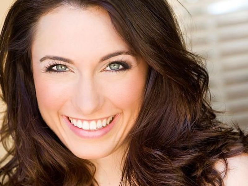 Former Naperville Resident To Perform On Stage With Rudolph In