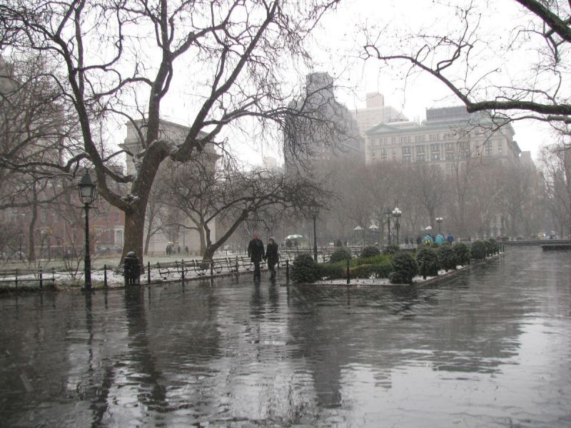 nyc weather forecast  possible snow flurries friday