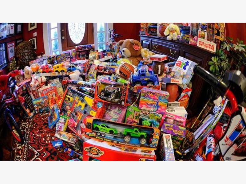 Brookhaven Locations Hosting Toys For Tots Donations